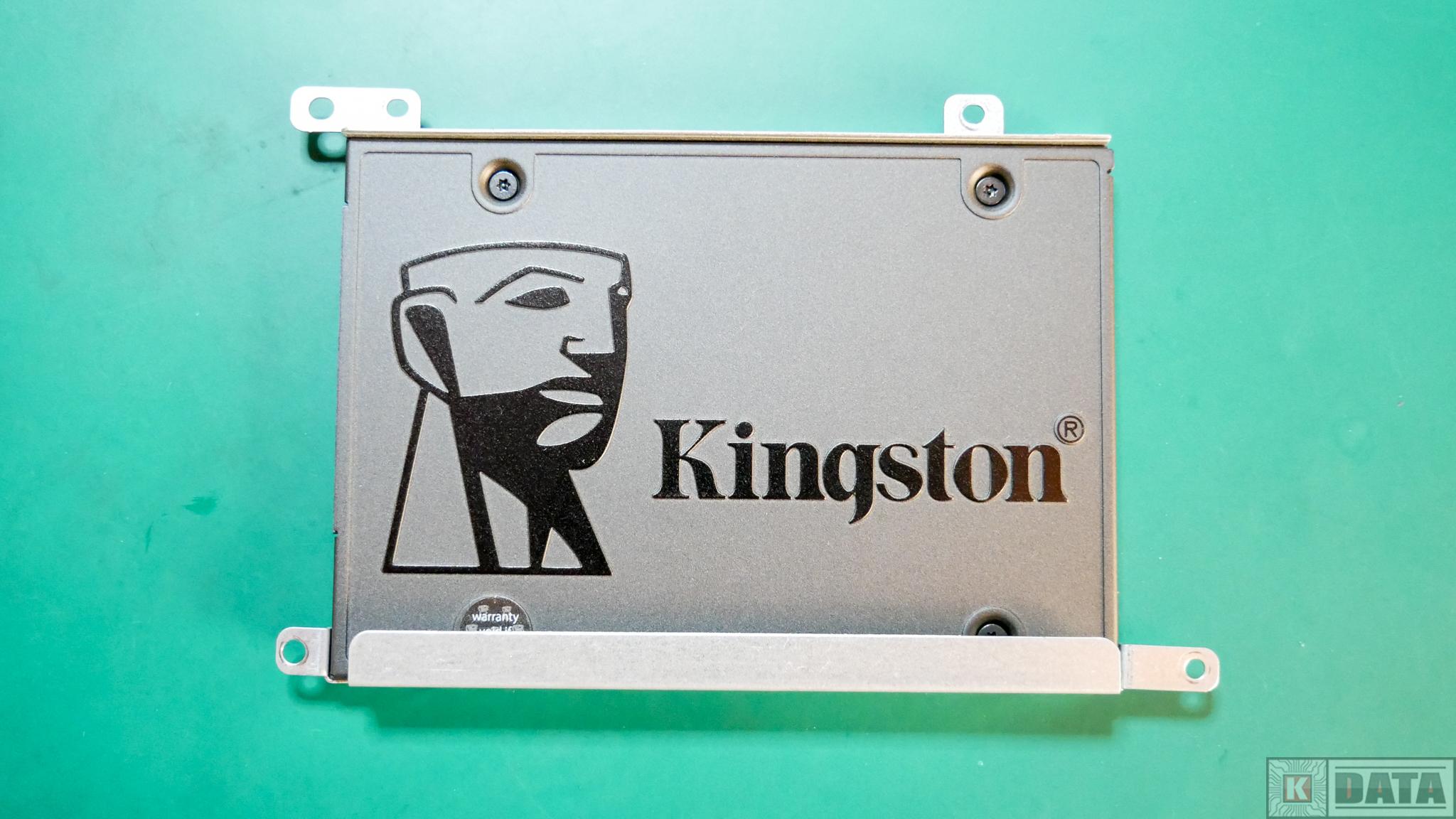 Dysk SSD Kingston A400 zamontowane sanki