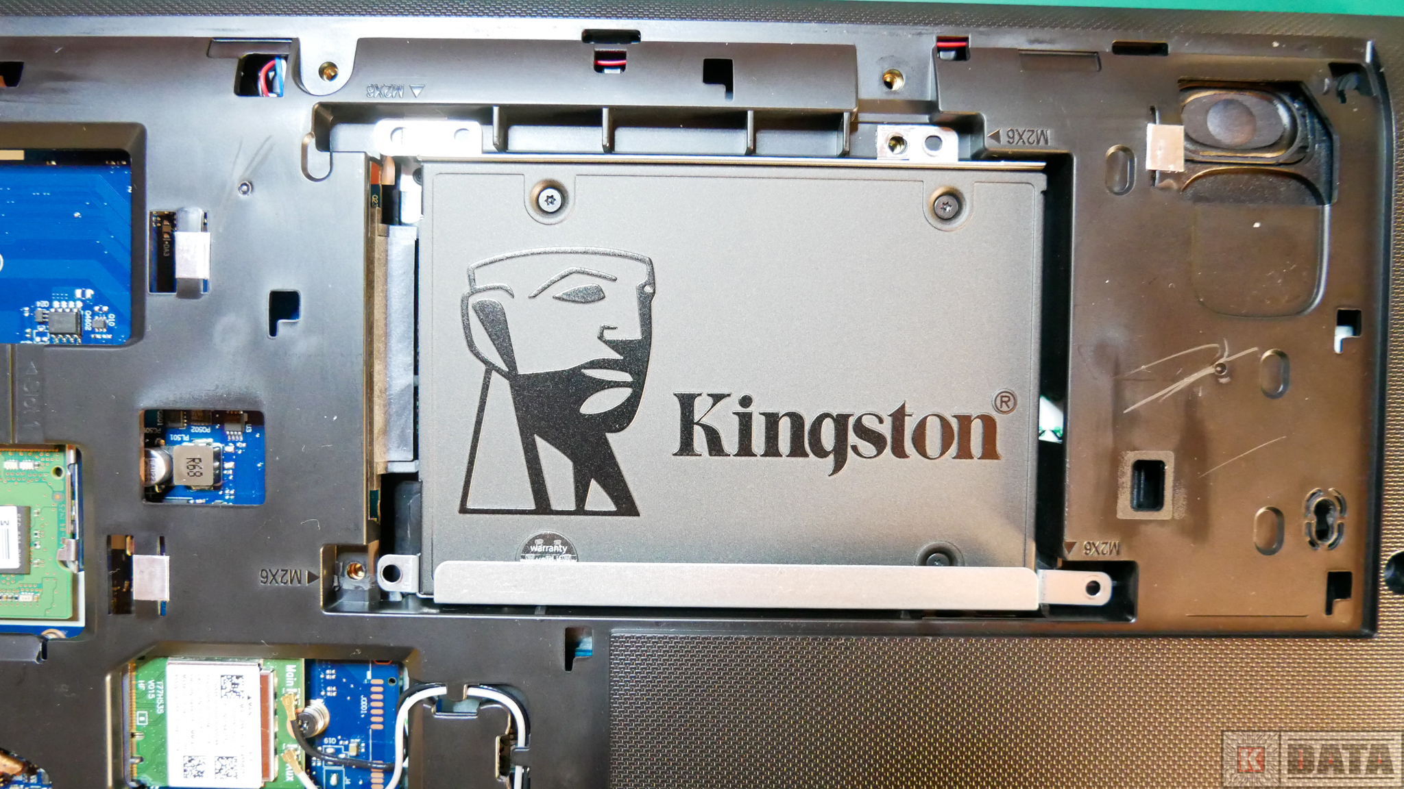 Dysk SSD Kingston A400 zamontowany w laptopie