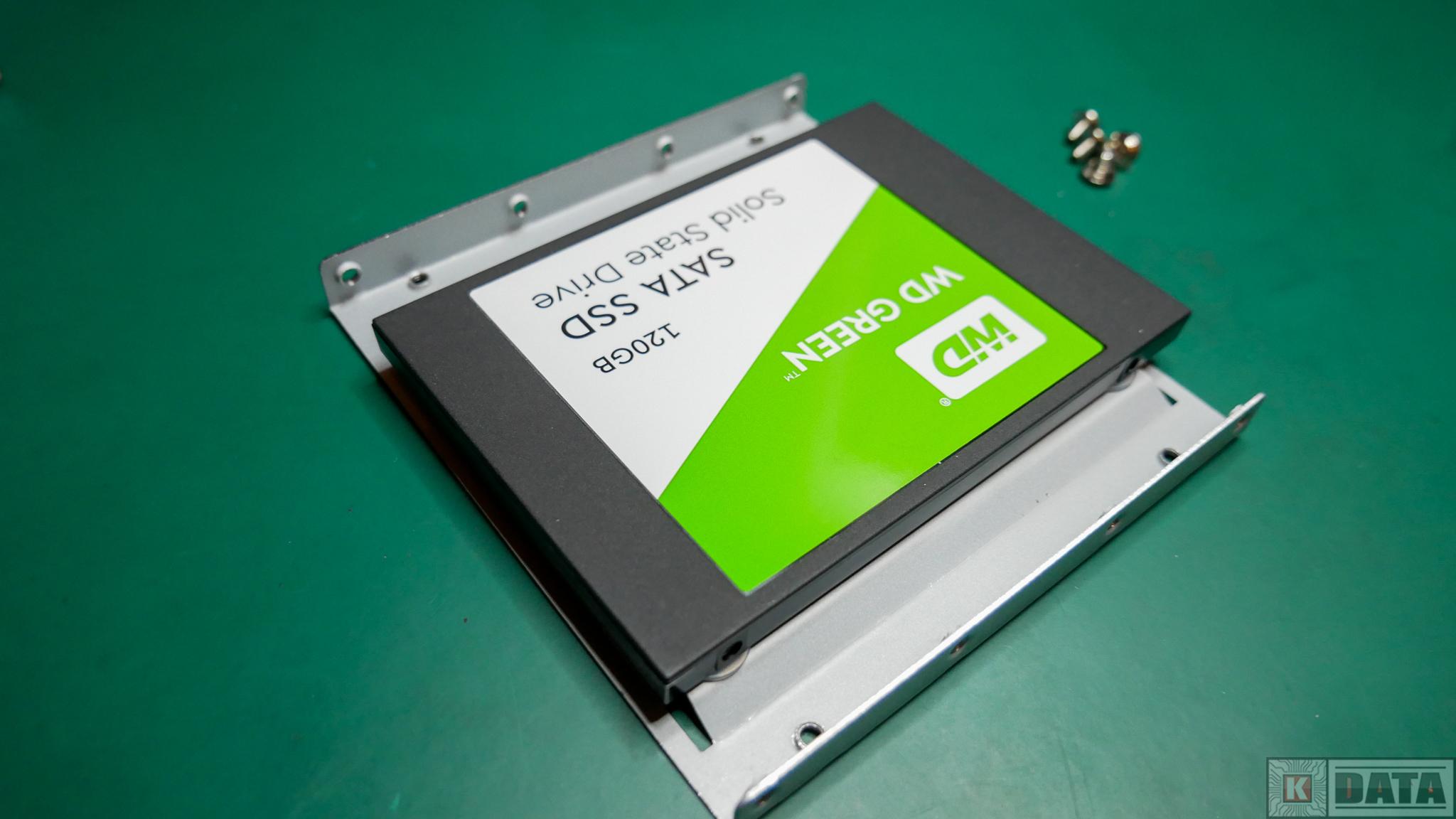 Dysk SSD WD Green zamontowany w adapterze 2